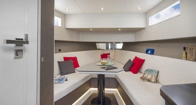 Vanquish-VQ-43-Balr-Ibiza-Yacht-Rental-8